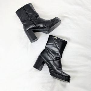 90's/Y2K Mudd Black Platform Block Heels